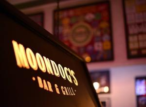 Moondog's Bar & Grill